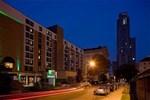 Holiday Inn Select Uni. Ctr.
