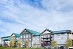 Отель Sandman Hotel & Suites Calgary West