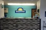 Days Inn - Charleston