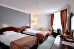 Отель Mustafa Hotel