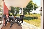 Апартаменты Three-Bedroom Holiday home in Großenbrode 2