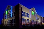 Отель Holiday Inn Express Hotel & Suites Rapid City