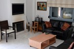 Апартаменты Finikia House