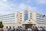 Отель Ramada Plaza and Suites - Fargo