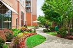 Отель Staybridge Suites Chattanooga Downtown - Convention Center
