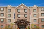 Отель Staybridge Suites South Bend – University Area