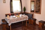 Гостиница Saro's Bed and Breakfast
