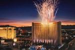 Отель Treasure Island Hotel & Casino