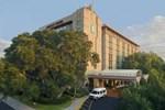 Отель Embassy Suites Tampa - Usf Near Busch Gardens