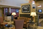Отель Hampton Inn & Suites Madison - West