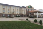 Отель Holiday Inn Express Hotel & Suites Bloomington-Normal University Area