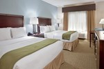 Отель Holiday Inn Express & Suites Pittsburg