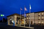Отель Holiday Inn Express Hotel & Suites St. Clairsville