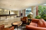 Отель Long Island Hilton