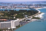 Отель Clearwater Beach Marriott Suites on Sand Key
