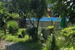 Гостевой дом Surami Treehouse