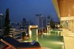 Отель Adelphi Suites Bangkok