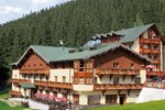 Отель Ski & Wellness Residence Družba