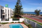 Отель Quality Resort Sorrento Beach