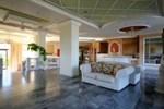 Отель Alcaeos