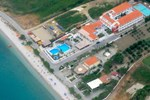 Отель Zefiros Beach Hotel