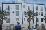 Отель Blue Moon Hotel