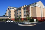 Отель Fairfield Inn & Suites Greensboro Wendover