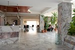 Hotel Regineh