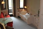 Отель Almhof Hotel