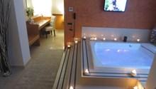 Joyfull Hotel