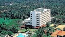 Gateway Airport Garden Hotel