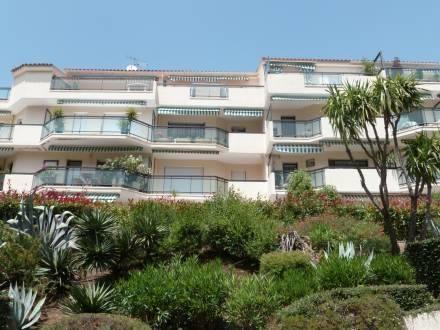 Apartment Residence Le Parc St Raphael