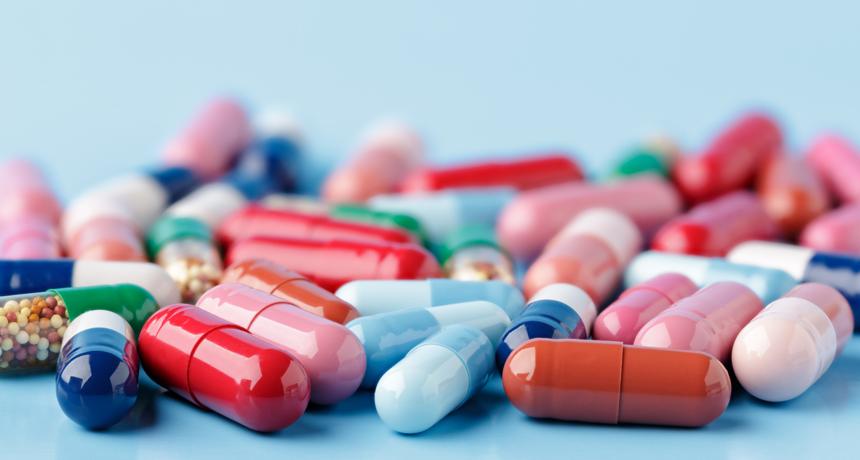 Для ввоза лекарств в ОАЭ туристы должны получить разрешение