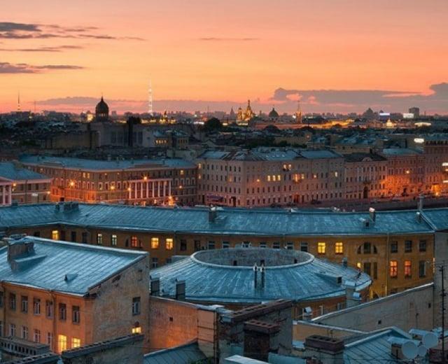 Петербургские крыши закроют для туристов