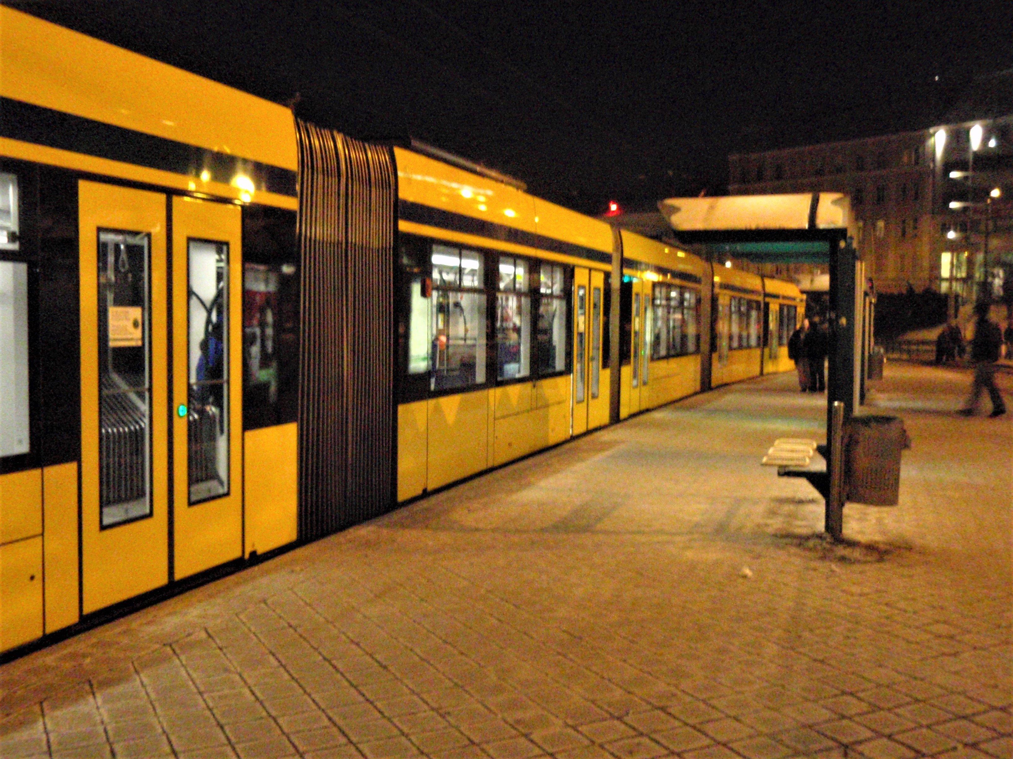 В новогоднюю ночь транспорт многих городов ходит круглосуточно и бесплатно