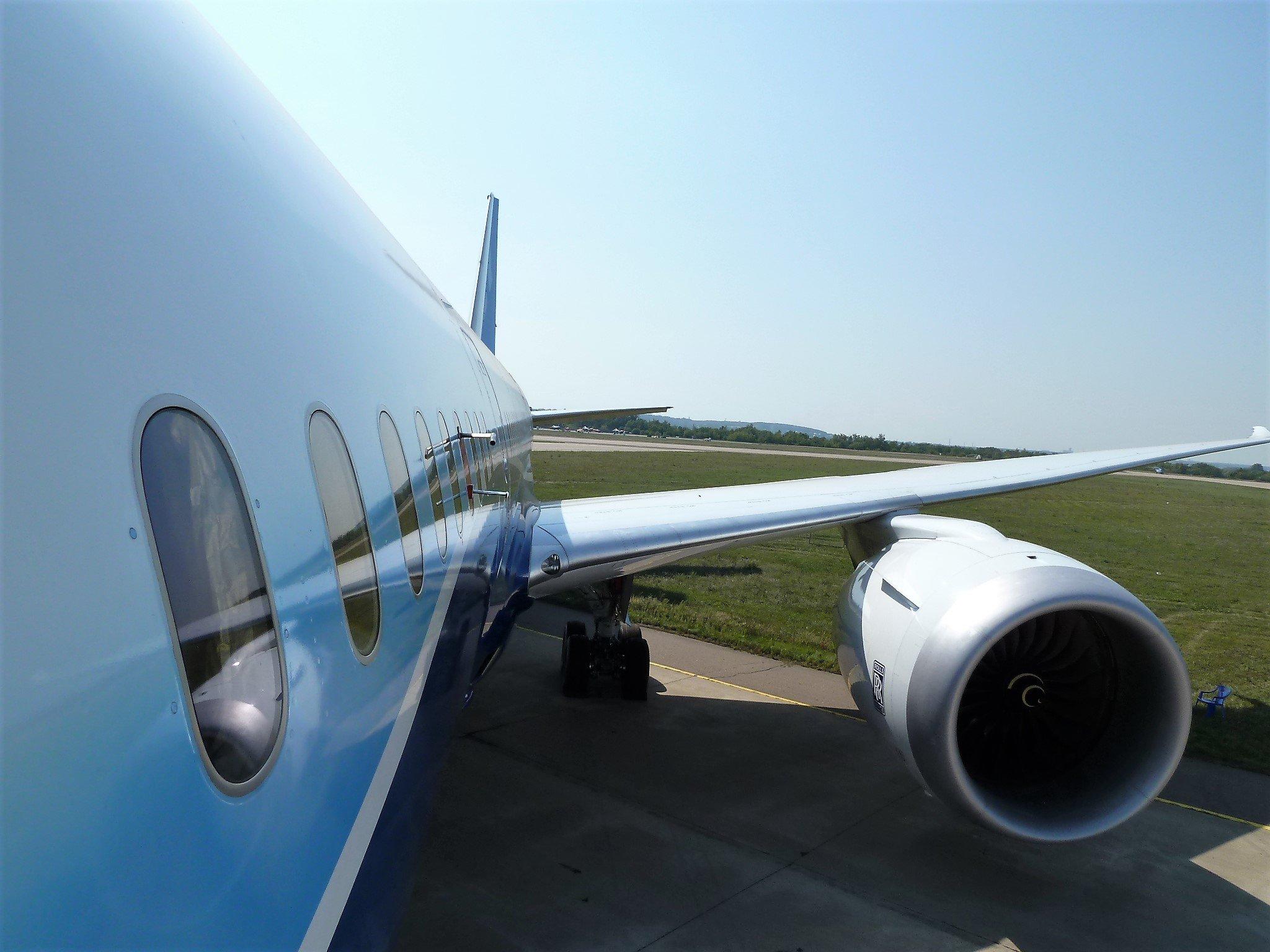 Авиапассажирам грозят сокращения ручной клади и питания и регламенты посещения туалетов