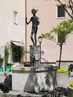 Памятник на Papagenoplatz