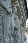 Скульптуры на фасаде Музыкальной Академии