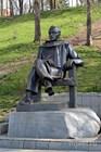 Памятник писателю Николаю Задорнову