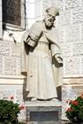 Памятник Святому Гермогену