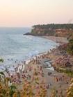 Прекрасный белый песчаный пляж Варкалы для местных жителей с давних времен связан с поклонением предкам