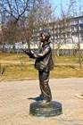 Памятник мальчику-фотографу