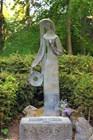 Памятник Бируте