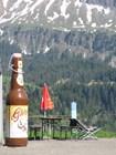 Двухметровая бутылка пива
