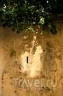 Взгляд, упирающийся в стену