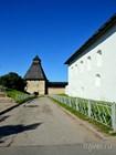 Внутри псковской крепости