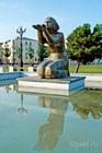 """Скульптура """"Дарующая воду"""""""