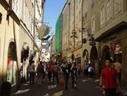 Улица Getreidegasse в Зальцбурге