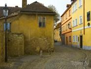 Двор в старом городе