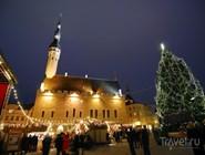 Рождественский рынок на Ратушной площади